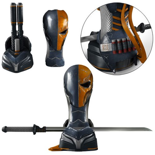 Batman: Arkham Origins Deathstroke Arsenal Full Scale Prop Replica