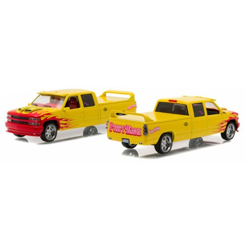 Kill Bill: Vol. 1 1997 Chevrolet C-2500 Crew Cab Silverado Pussy Wagon 1:43 Scale Die-Cast Metal Vehicle