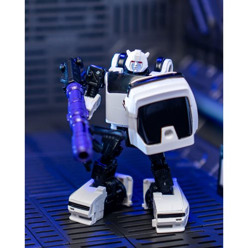 Transformers Generations Selects War for Cybertron Earthrise Deluxe Bugbite - Exclusive