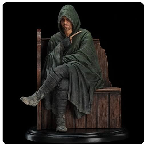 Lord of the Rings Strider Statue