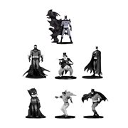 Batman Black & White Mini 7-Piece Box Set 4
