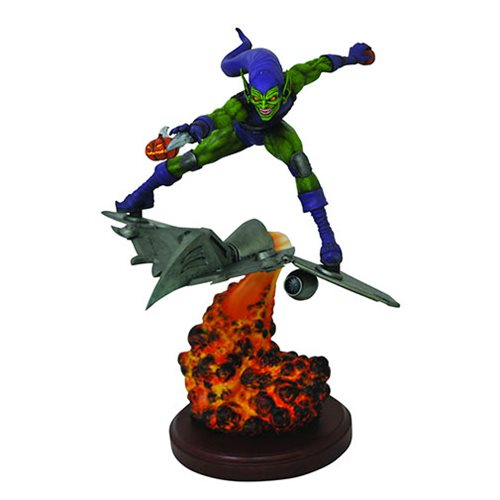Spider-Man Marvel Comic Premier Green Goblin Resin Statue