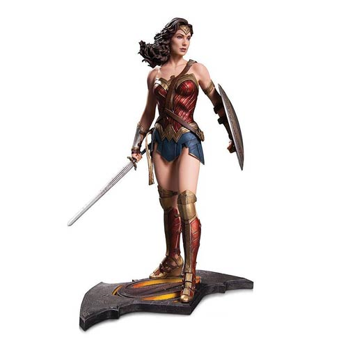 Batman v Superman: Dawn of Justice Wonder Woman 1:6 Scale Statue