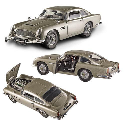 James Bond Goldfinger Aston Martin DB5 1:18 Scale Hot
