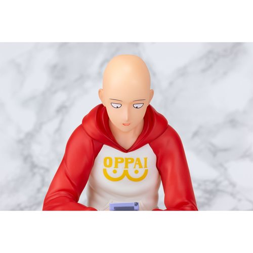 One-Punch Man Saitama Casual 1:7 Scale Statue