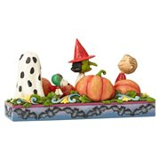 Peanuts by Jim Shore At the Pumpkin Patch Each Year the Great Pumpkin Rises Statue