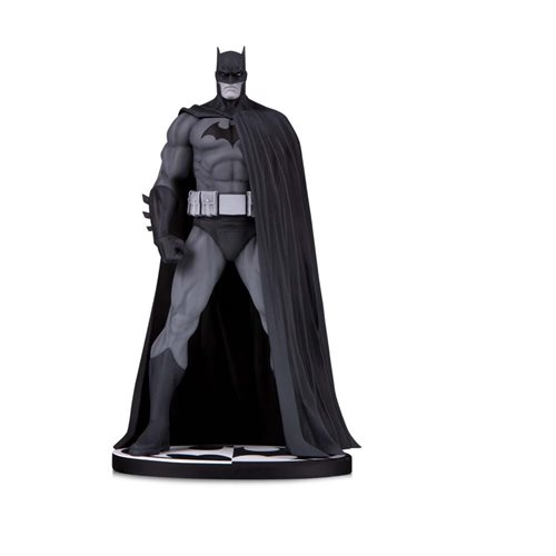 Batman Black and White Batman V.3 by Jim Lee Statue