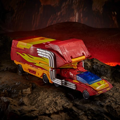 Transformers War for Cybertron Kingdom Commander Class Rodimus Prime