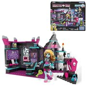 Monster High Skulltimate Science Class Frankie Stein Doll and Playset