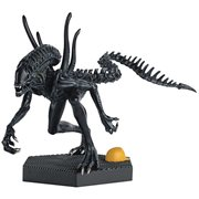 Alien and Predator Power Plant Xenomorph from Requiem Statue with Collector Magazine #48