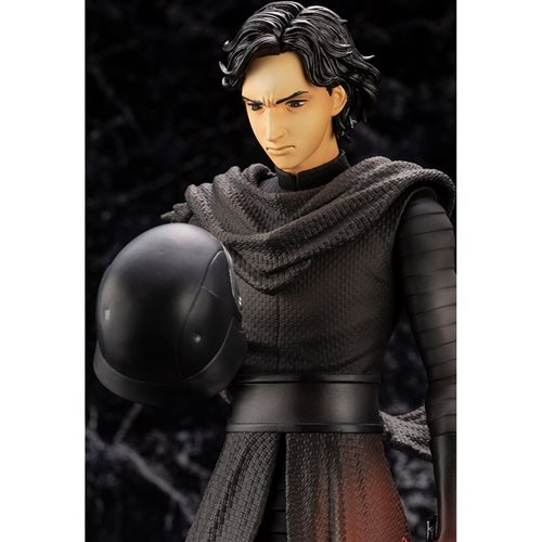 Star Wars: The Force Awakens Kylo Ren Cloaked in Darkness Artist Series ARTFX Statue