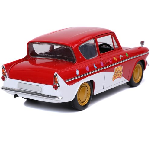 Hollywood Rides Lucky Charms 1959 Ford Anglia Die-Cast Metal Figure and 1:24 Scale Vehicle