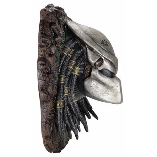 Predator Foam Replica Wall-Mounted Bust
