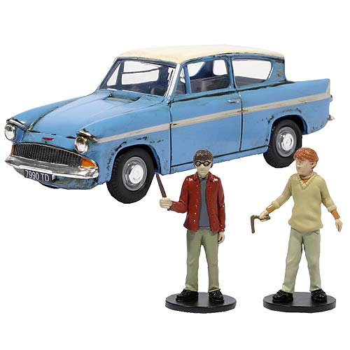 Harry Potter Mr. Weasley Ford Anglia Metal Car & Figure Set