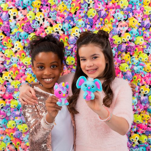 Hatchimals Hatchtopia Life 2-Inch Plush 2-Pack