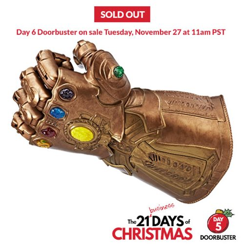 Day 5 Doorbuster - Marvel Legends Series Infinity Gauntlet Articulated Electronic Fist