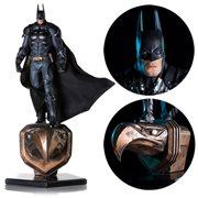 Batman: Arkham Knight Batman Deluxe 1:10 Scale Statue