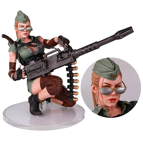 Honey Trap Lucky 1:4 Scale Statue