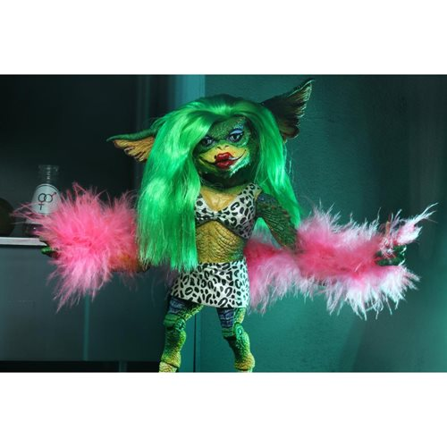 Gremlins 2: The New Batch Ultimate Greta 7-Inch Scale Action Figure