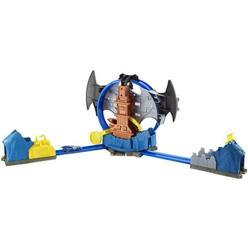 Batman Hot Wheels City Batcave Playset