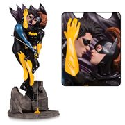 DC Designer Series Nightwing and Batgirl by Ryan Sook Statue