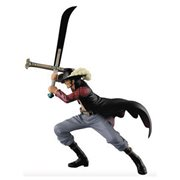 One Piece Dracule Mihawk Dramatic Showcase Figure
