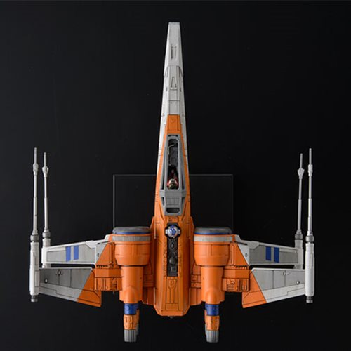 Star Wars: The Rise of Skywalker Poe's X-Wing Fighter 1:72 Scale Model Kit