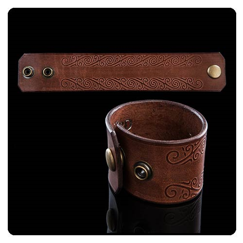 The Lord of the Rings Scrolls of Rohan Brown Leather Cuff