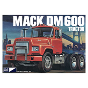 Mack DM600 Model Kit