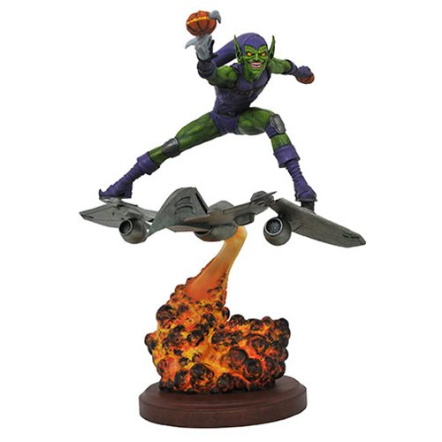 Spider-Man Marvel Comics Premier Green Goblin Resin Statue
