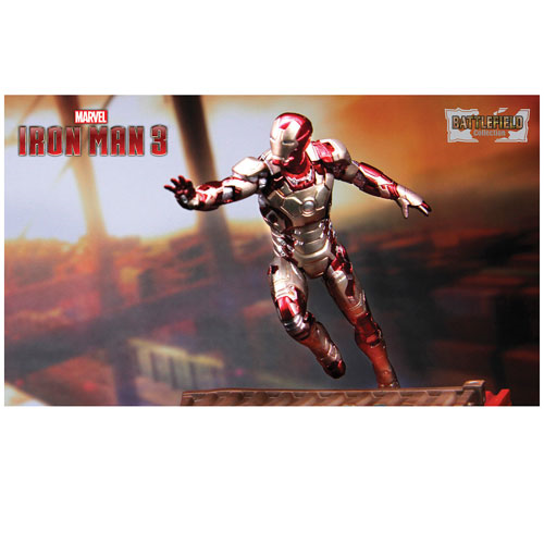 Iron Man 3 Mark 42 Prehensile Suit 1:24 Scale Model Kit