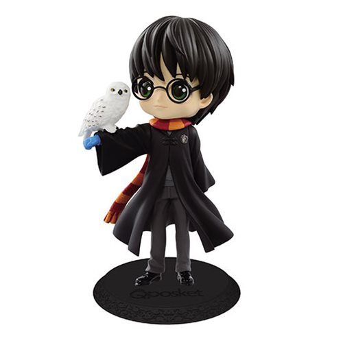 Harry Potter with Hedwig Q Posket Statue