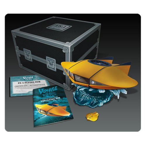 Voyage to the Bottom of the Sea 1:32 Scale Flying Sub Die-Cast Vehicle