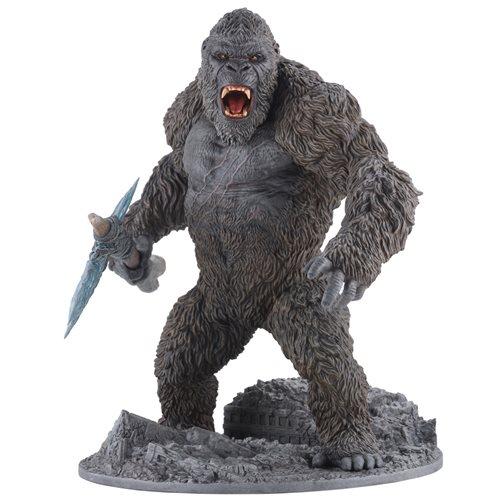 Godzilla vs. Kong Battle Axe Kong Hyper Solid Statue