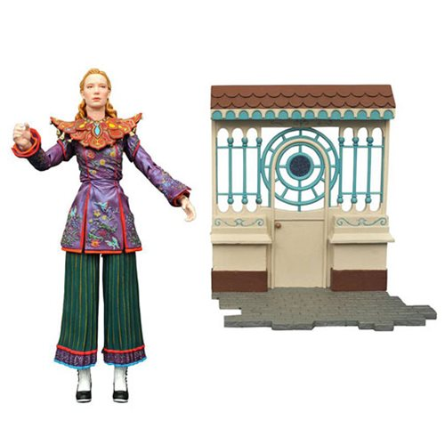 Alice Through the Looking Glass Alice Select Action Figure