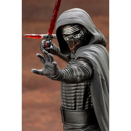 Star Wars: Rise of Skywalker Kylo Ren ARTFX+ Statue