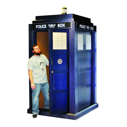 Doctor Who TARDIS 3D Life-Size Standup