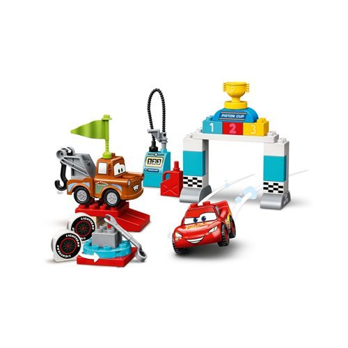 LEGO 10924 DUPLO Cars Lightning McQueen's Race Day
