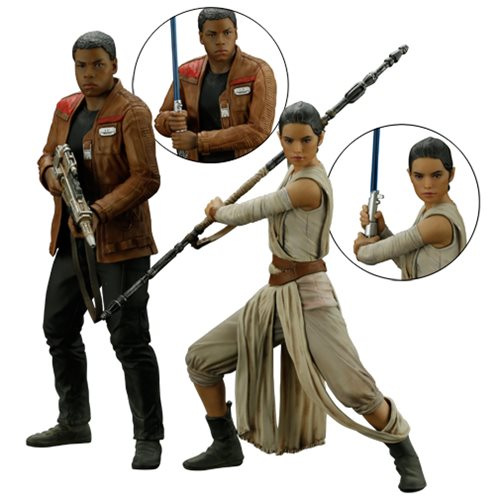 Star Wars: The Force Awakens Rey and Finn ArtFX+ Statue Set