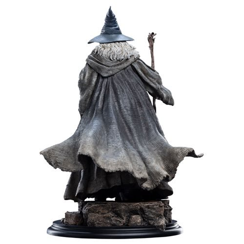 Lord of the Rings Gandalf the Grey Pilgrim 1:6 Scale Statues