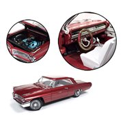 1962 Red Pontiac Grand Prix 1:18 Die-Cast Metal Vehicle