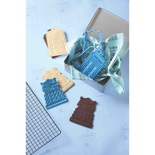 Doctor Who TARDIS and Dalek Baking Set