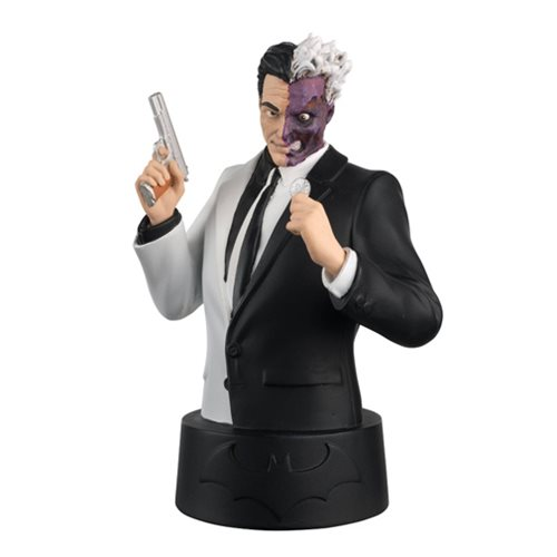 Batman Universe Bust Collection Two-Face Bust with Magazine #4