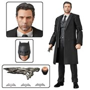 Justice League Bruce Wayne MAFEX Action Figure