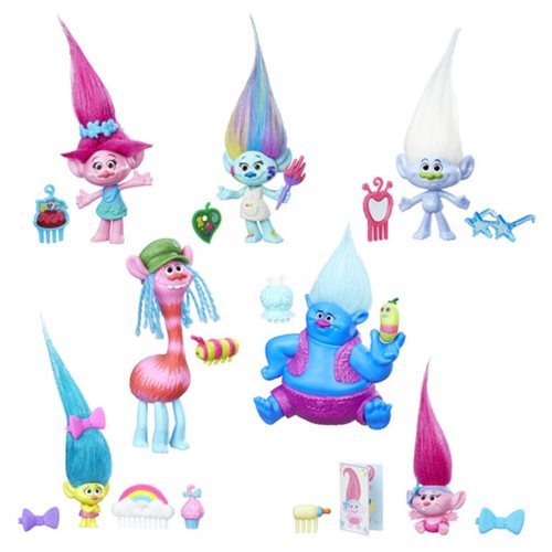 Trolls Small Troll Town Collectable Figures Wave 1  includes 1 Troll