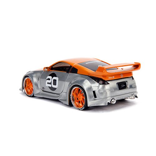 Jada 20th Anniversary Wave 1 Option D 2003 Nissan 350Z 1:24 Scale Die-Cast Metal Vehicle