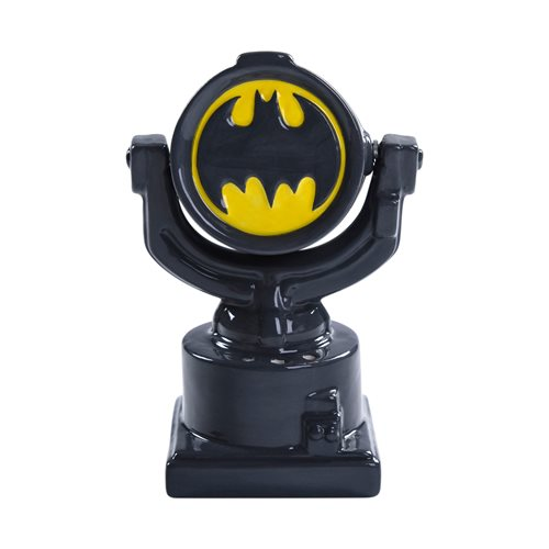 DC Comics Batman Bat Signal Magnetic Salt and Pepper Shaker Set