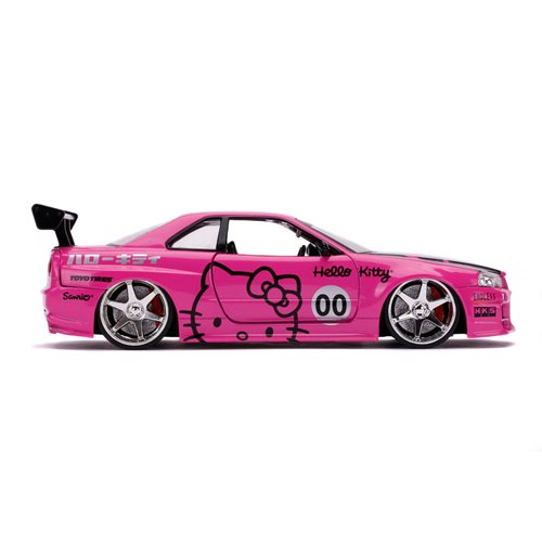 Hello Kitty 2002 Nissan Skyline GT-R R34 1:24 Scale Die-Cast Metal Vehicle with Figure