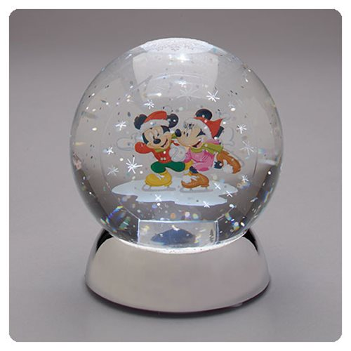 Disney Mickey Mouse and Minnie Mouse Waterdazzler Snow Globe