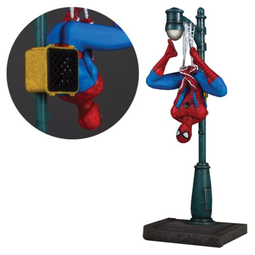 Spider-Man Collector's Gallery 1:8 Scale Statue